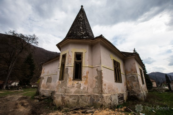 Poieni, the village set in the heart of the mountains