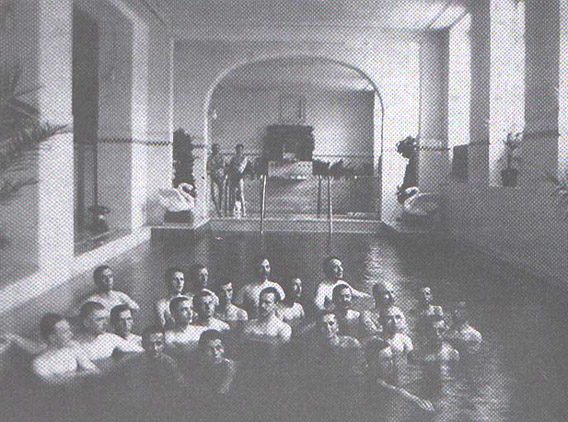 The swimming pool of the Neptun Baths in 1915/ Photo: druckeria.ro